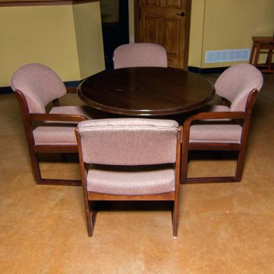 schloemer furniture pedestal table and chairs schloemer furniture outlet