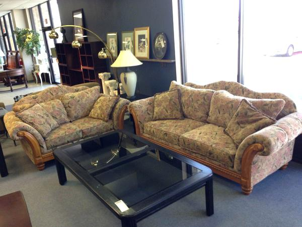 allegheny consignment furniture floral living room set furniture consignment allegheny furniture consignment bennett avenue lancaster pa