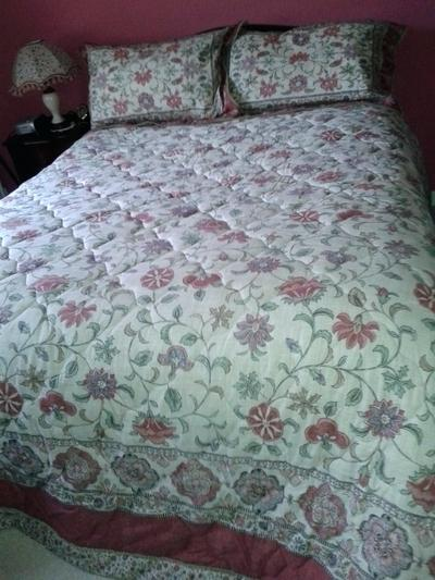 unpriced furniture bedspread for double bed in top furniture makers in india